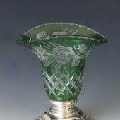 Sötétzöld ezüst talpú kristály váza