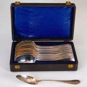 Ezüst 12 darabos főzelékes kanál szettben