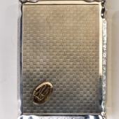 Ezüst cigarettatárca aranyozott monogramrésszel