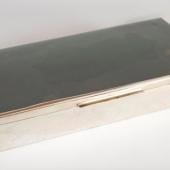 Ezüst szivartartó doboz