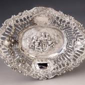 Ezüst barokk stílusú kis tálka